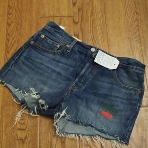 Levi 501 button-fly shorts waist 29